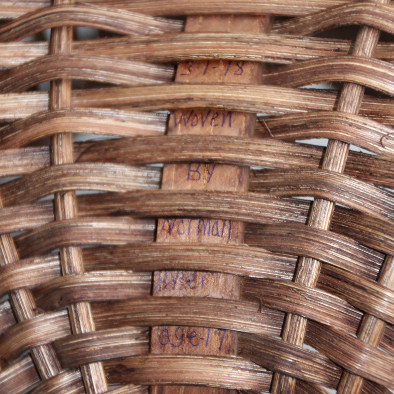 Murray McMurray Hatchery - Hand-Woven Amish Wicker Baskets